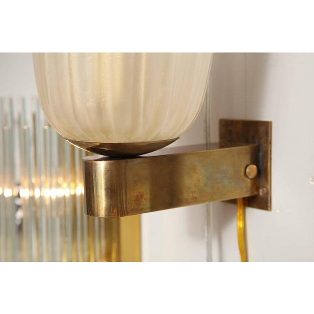 1970s Pair of Murano Glass and Brass Wall Sconces For Sale - Image 5 of 8