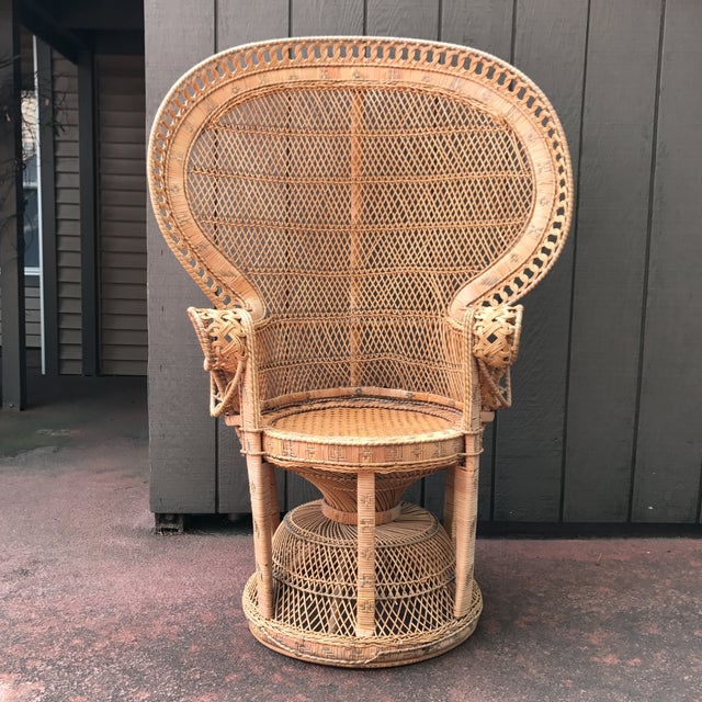 Vintage Wicker Peacock Fan Chair - Image 2 of 7