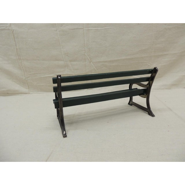 """Vintage Metal and Wood """"Salesman"""" Sample of Park Bench. Hunter green and black color. Age: 1990s Size: 10.5"""" x 4.5"""" x 5.25"""""""