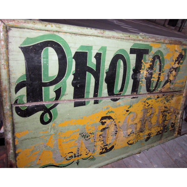 "Metal 1920s Classic French Art Deco Sage Green Painted 2-Sided ""Photos D'Art"" Shop Sign For Sale - Image 7 of 13"