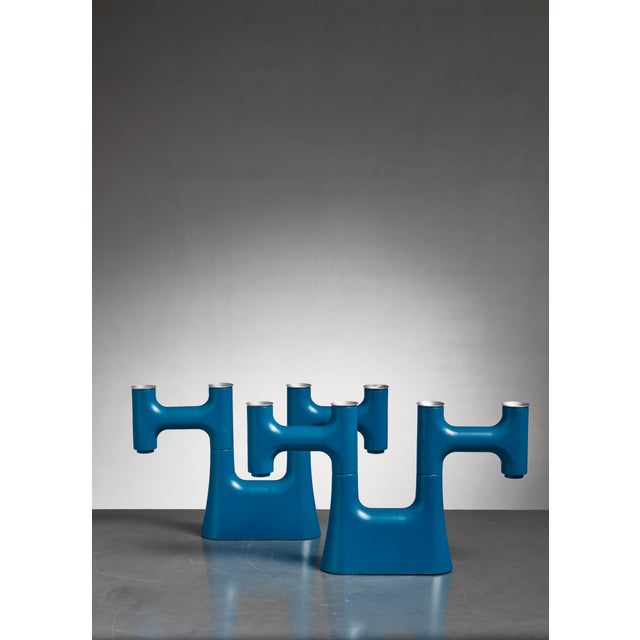 Mid-Century Modern Pair of Blue Candle Holders For Sale - Image 3 of 6