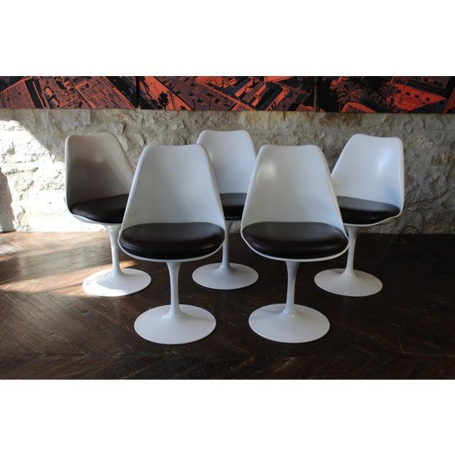 Eero Sarineen tulip dining chairs. Set of 4