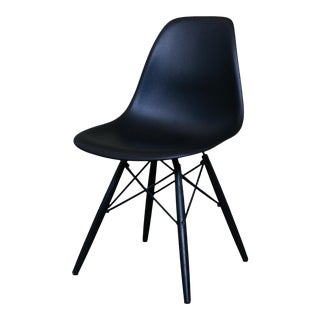 Vintage Herman Miller Molded Plastic Shell Chair For Sale