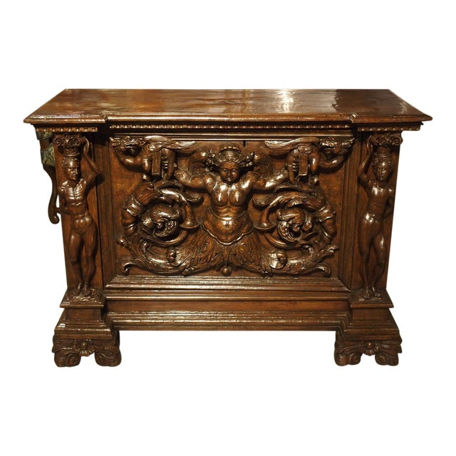 Antique Italian Walnut Wood Buffet / Credenza From Rome, 19th Century For Sale