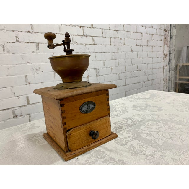 Early 20th Century Vintage Wood and Metal Coffee Grinder For Sale - Image 5 of 7