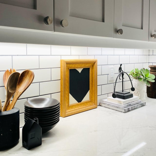 Ron Giusti Mini Heart Cream Black 2 Acrylic Painting For Sale - Image 4 of 4