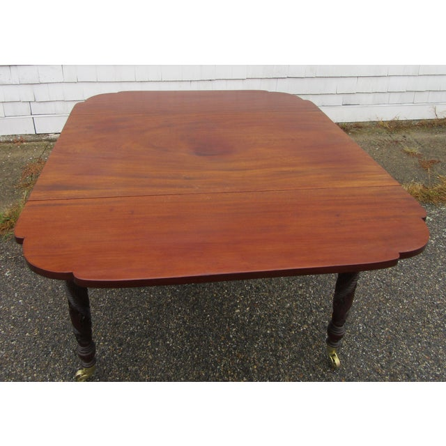 Antique Federal Dropleaf Solid Mahogany Table For Sale In Boston - Image 6 of 13