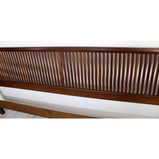 Wood Mid-Century Modern George Nakashima for Widdicomb Slatted King Headboard, 1950s For Sale - Image 7 of 8