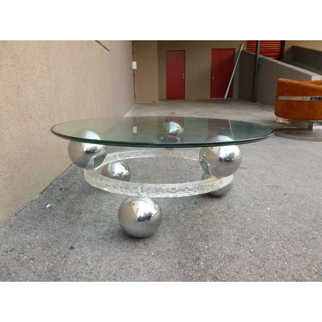 70's Round Cracked Ice Lucite and Spaced Chrome Balls Coffee Table For Sale - Image 4 of 9