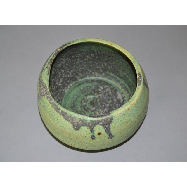 Gray Vintage Handcrafted Aztec Green and Gray Pottery Bowls / Vessel - Set of 4 For Sale - Image 8 of 13