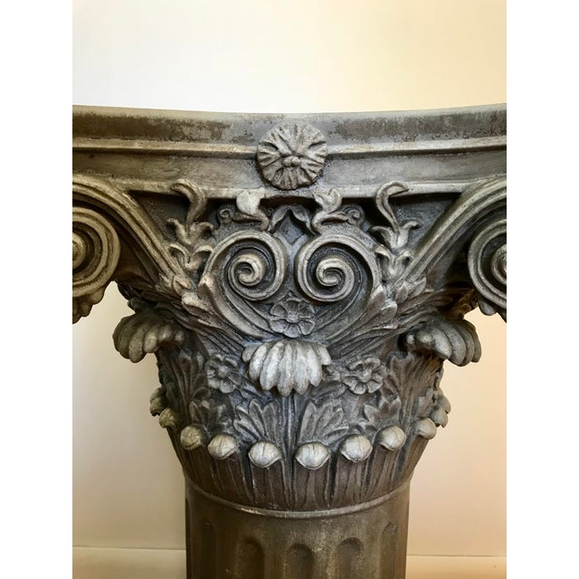 Vintage Universal Statuary Neoclassical Resin Column Pedestal For Sale - Image 4 of 9