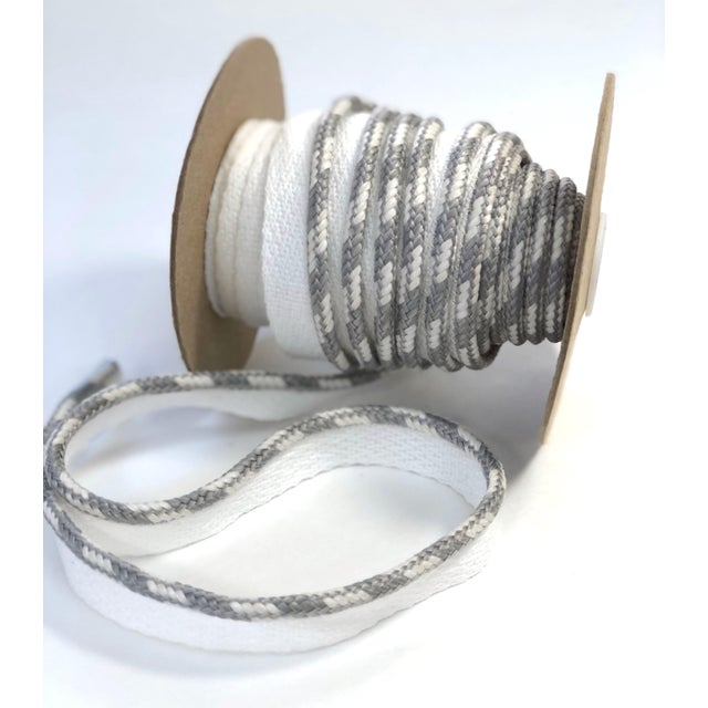 """Contemporary Braided 1/4"""" Indoor/Outdoor White/Gray Cord For Sale - Image 3 of 10"""