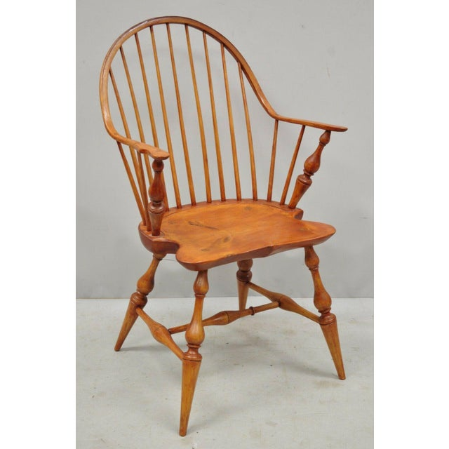 Antique D.R. Dimes Wooden Windsor Bow Back Continuous Arm Dining Chair (B) Item features solid wood frames, beautiful wood...