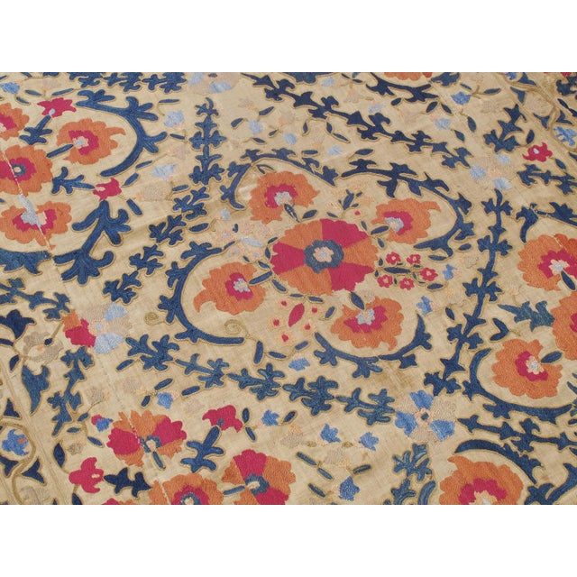 """Antique """"Suzani"""" (Dk-110-38) For Sale - Image 4 of 9"""