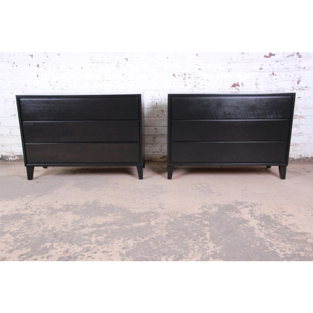 Russel Wright for Conant Ball American Modern Ebonized Three-Drawer Bachelor Chests / Nightstands - a Pair For Sale - Image 9 of 9