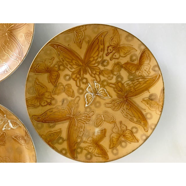 Dorothy Thorpe Mid-Century Dorothy Thorpe Gold Butterfly Bread and Butter Plates - Set of 4 For Sale - Image 4 of 6