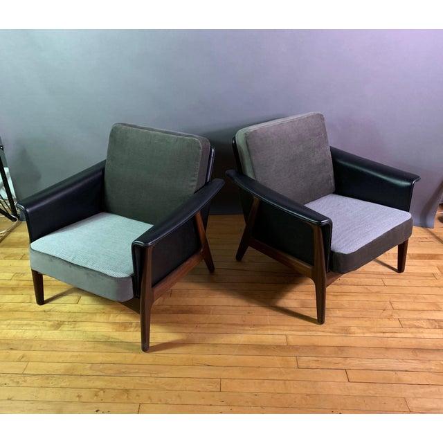 Hans Olsen Pair Danish Design Black Naugahyde Wrapped Lounge Chairs For Sale - Image 4 of 13