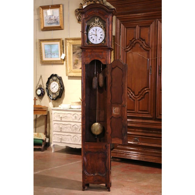 French 18th Century French Louis XV Carved Walnut and Burl Case Clock With Rooster For Sale - Image 3 of 12