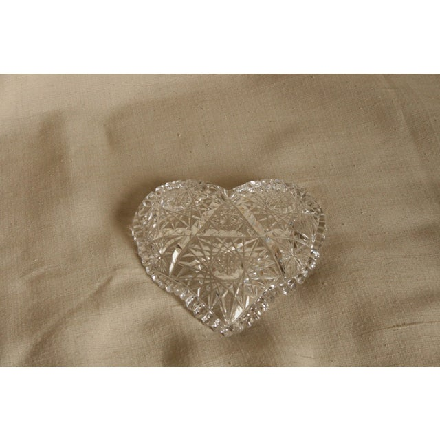 Vintage Heart-Shaped Lead Crystal Ashtray/Trinket Tray For Sale In San Diego - Image 6 of 7