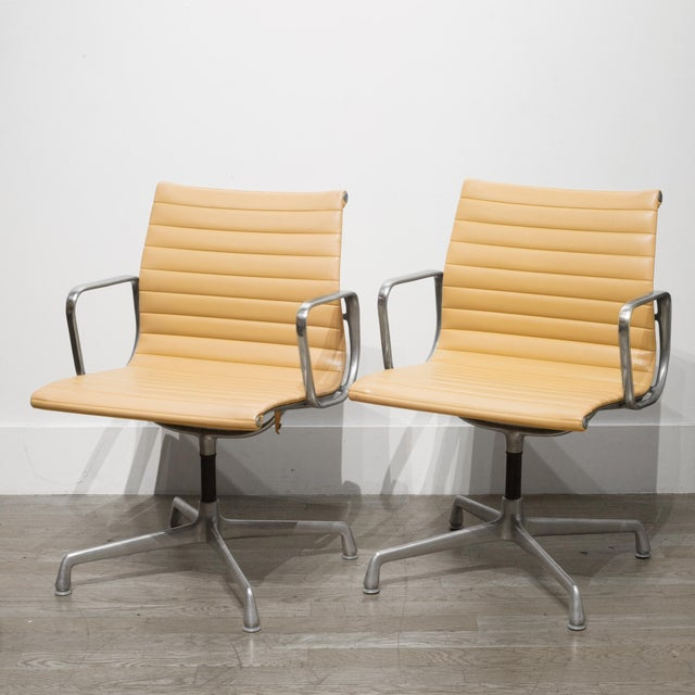 Metal Mid-Century Herman Miller Ea108 Leather Office Management Chairs C.1960-1970 For Sale - Image 7 of 7