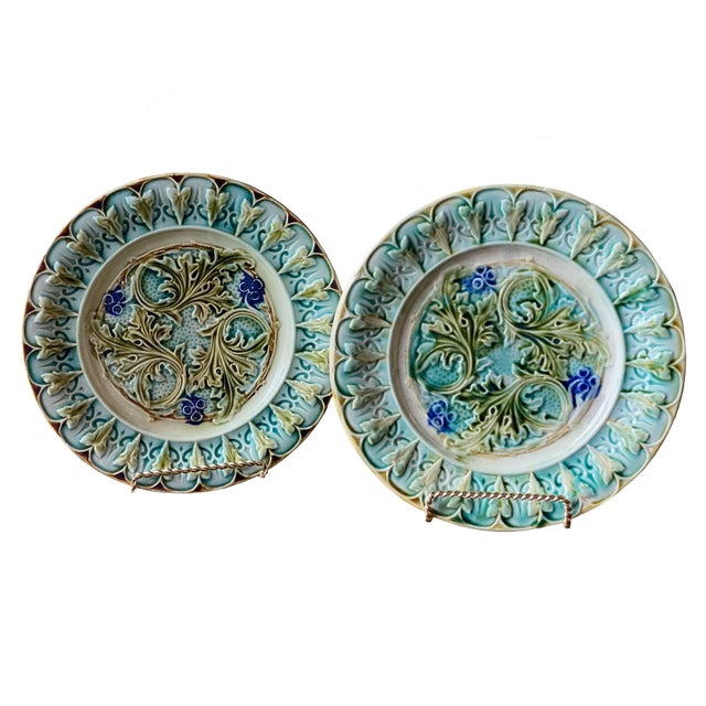 19th Century Antique French Acanthus Leaf Plates - a Pair For Sale - Image 5 of 5