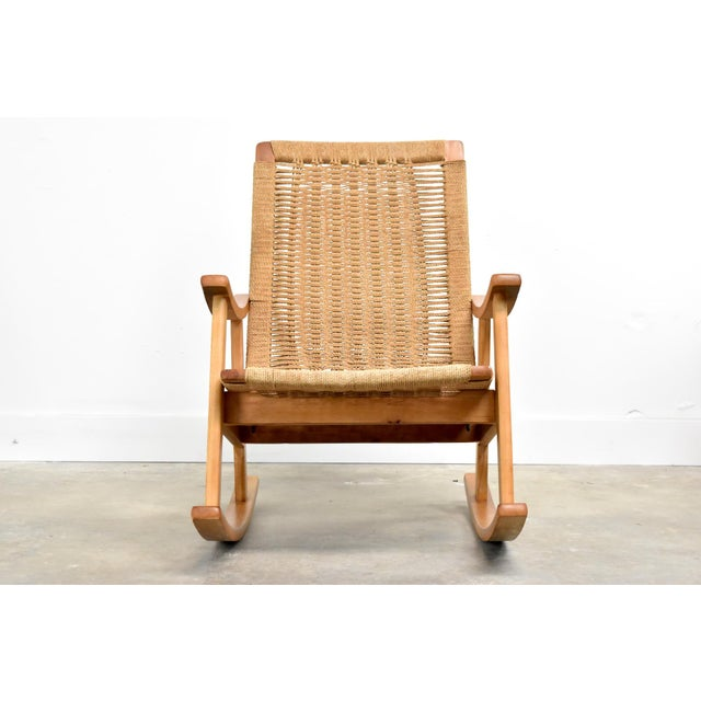 Boho Chic Mid-Century Hans Wegner Style Rope Rocking Chair For Sale - Image 3 of 13