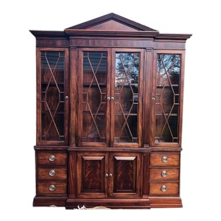 Traditional Ethan Allen Mahogany China Cabinet For Sale