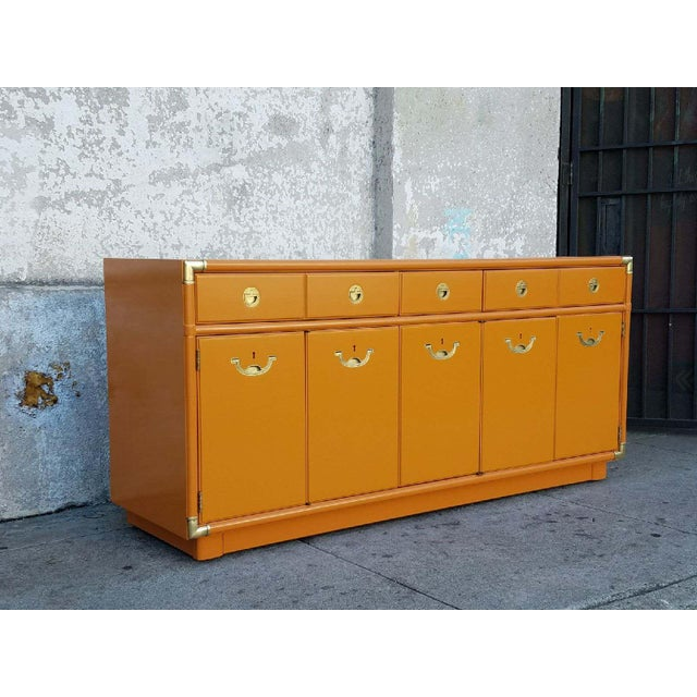 American Americana Drexel Almond Credenza Buffet For Sale - Image 3 of 6