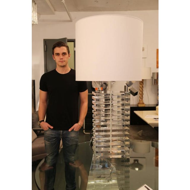 White GIANT STACKED-LUCITE TABLE LAMP For Sale - Image 8 of 8