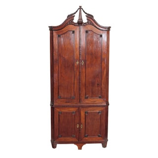 18th Century Continental Mahogany Corner Cabinet For Sale