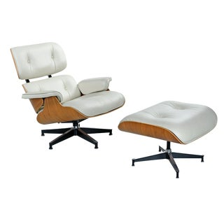 Walnut Eames Lounge Chair and Ottoman by Herman Miller in Ivory Leather