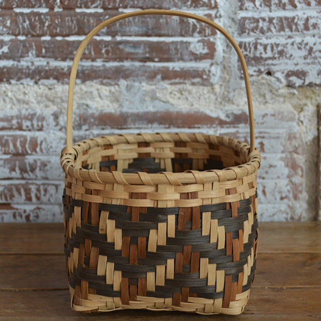 Carol Welch Cherokee White Oak Small Market Basket For Sale - Image 4 of 9