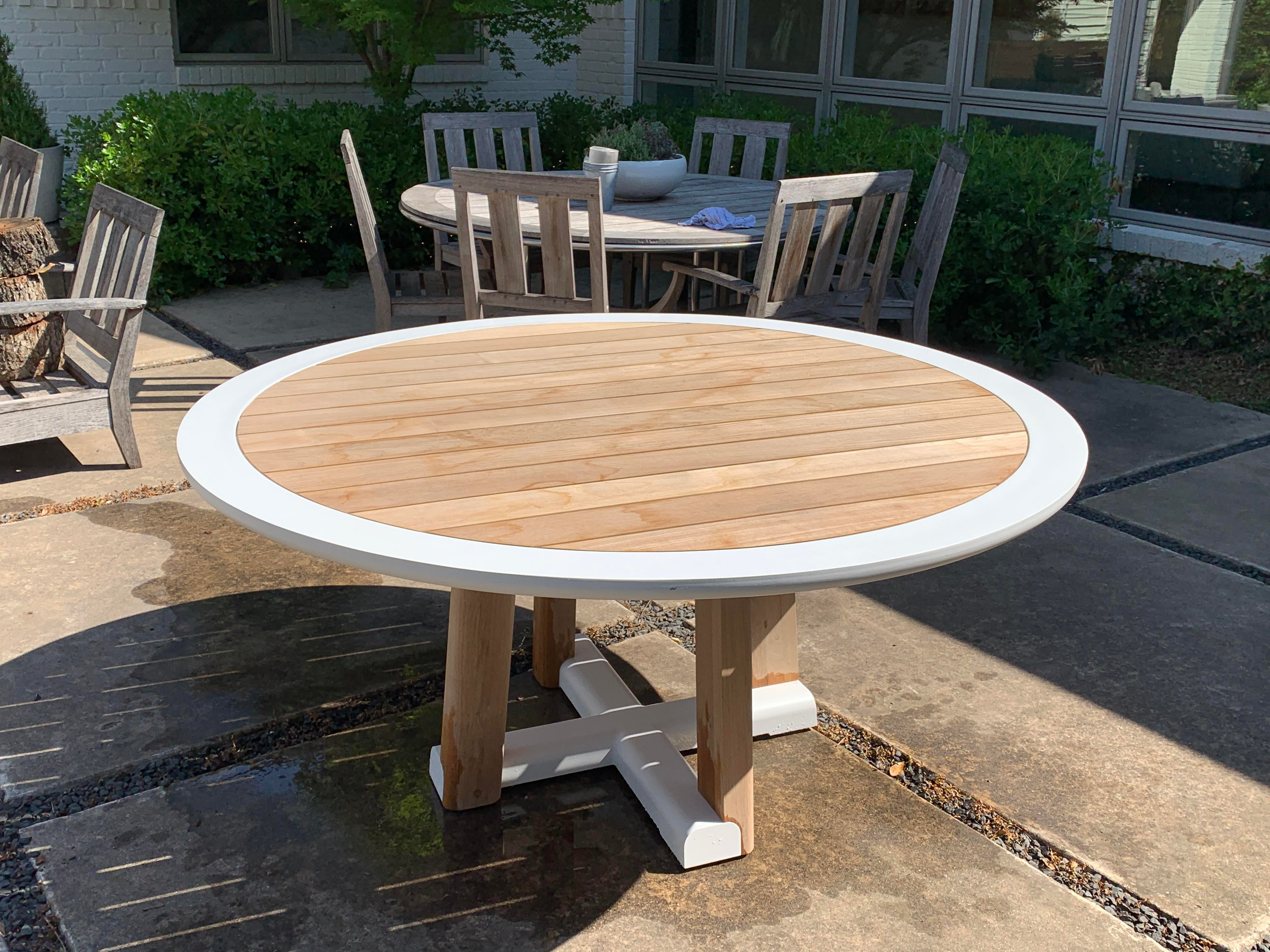 Contemporary Contemporary Sutherland Mita Round Dining Table For Sale    Image 3 Of 3