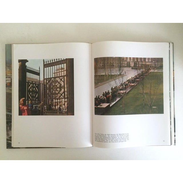 """"""" Moskau """" Vintage 1975 Photography Cultural Travel Large Art Book in German For Sale - Image 10 of 11"""
