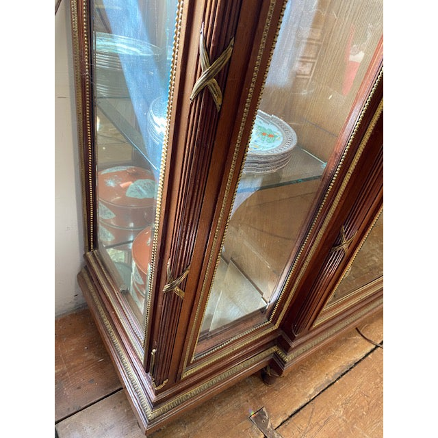 19th Century French Brozne Walnut and Bronze China Cabinet For Sale In Los Angeles - Image 6 of 13