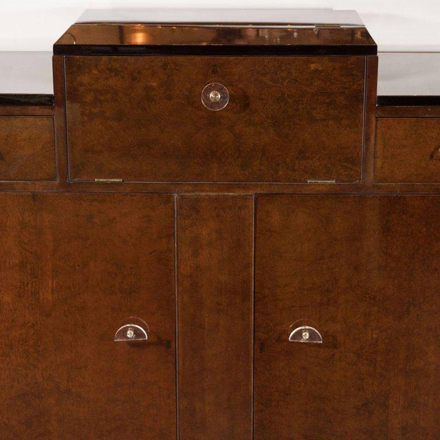 Art Deco Streamlined Art Deco Bar/Cabinet in Book-Matched Elm with Plexi Pulls For Sale - Image 3 of 6