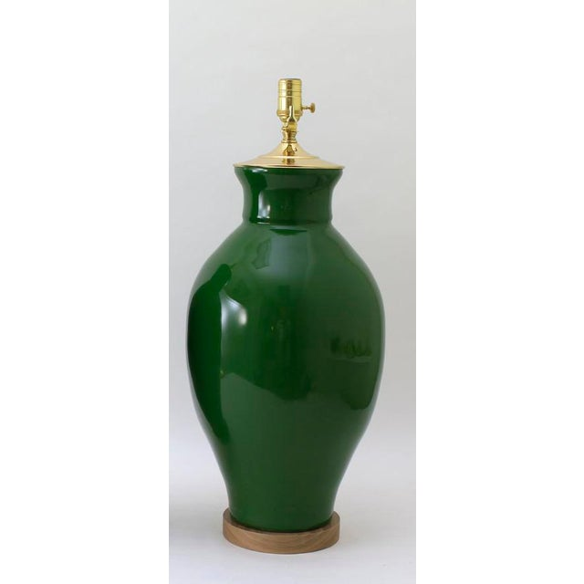 """Contemporary Paul Schneider Ceramic """"Matagorda"""" Lamp in Glossy Army Green Glaze For Sale - Image 3 of 5"""