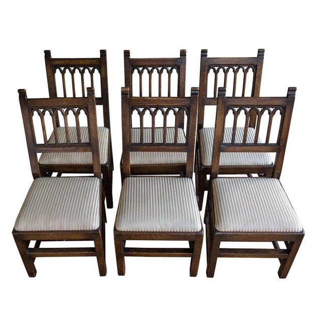 Set of Six Oak Gothic Revival Pew Chairs from Riverside Church - Image 2 of 11