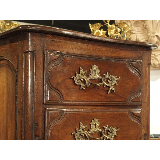 Brown 18th Century Walnut and Oak Chiffonier Chest of Drawers from France For Sale - Image 8 of 11