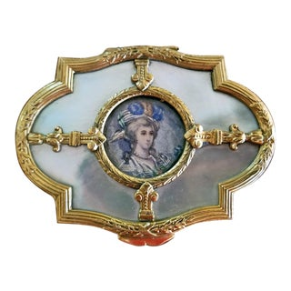 18c French Louis XVI Gold and Mop Box With Miniature Portrait of Lady For Sale