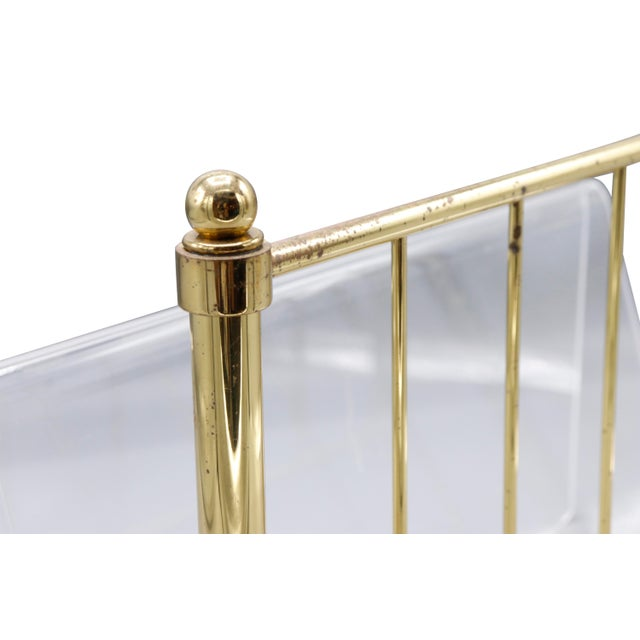 Metal 1980s Hollywood Regency Mid Century Brass and Lucite Magazine Rack For Sale - Image 7 of 8