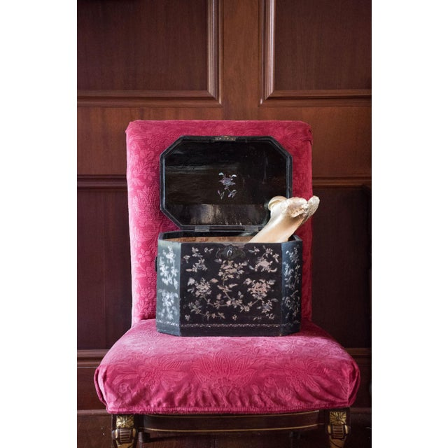 19th Century Vintage Chinoiserie Lacquer Boxes- A Pair For Sale - Image 9 of 9