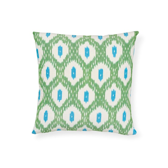 White Schumacher Indio Ikat Pillow in Green & Peacock For Sale - Image 8 of 8