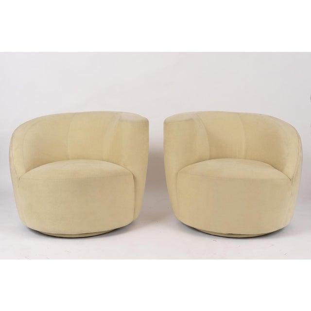 Modern Pair of Vladimir Kagan 1970 Swivel Lounge Chairs For Sale - Image 3 of 10