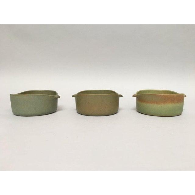 Bennington Potters Stoneware Lug Bowls - Set of 3 For Sale - Image 11 of 11