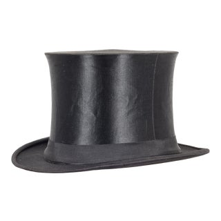 East German Collapsible Silk Top Hat C.1920-1950 For Sale