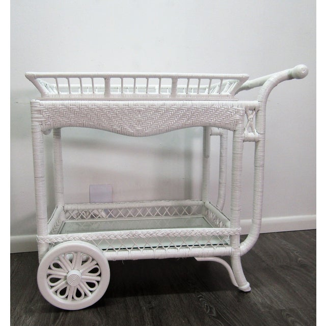 American 1940's Wicker Bar Cart in White Lacquer For Sale - Image 3 of 10