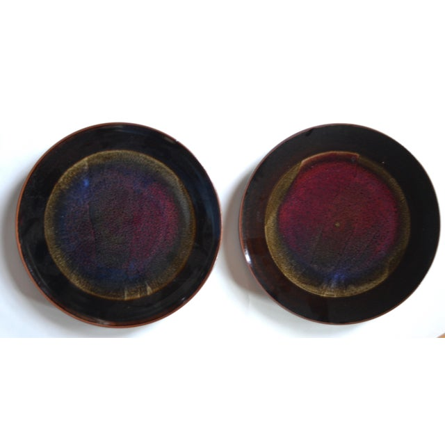 Eight Gorgeous Dinner Plates by Berkeley Studio Artist Gary Holt For Sale In Los Angeles - Image 6 of 11