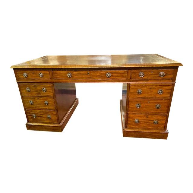 English 19th Century Pedestal Desk For Sale