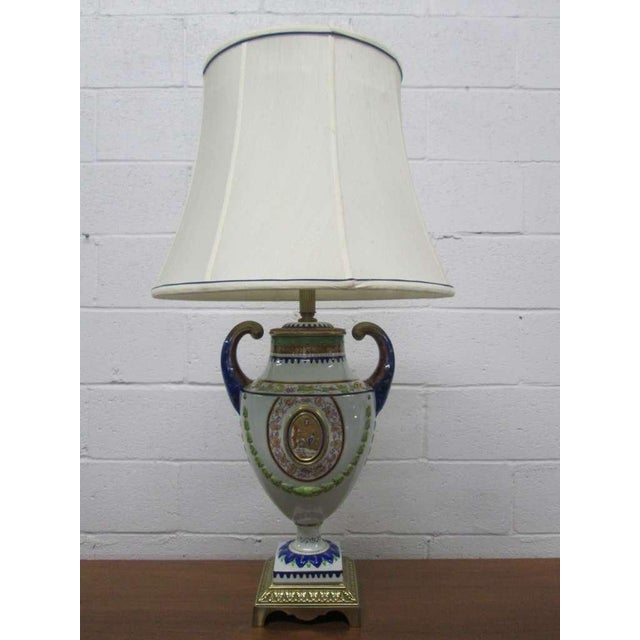 Neoclassical Pair of Hand-Painted Italian Style Porcelain Lamps For Sale - Image 3 of 6